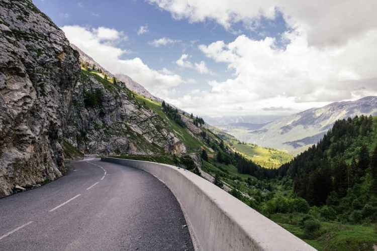 scottish-road-mountains-cliff